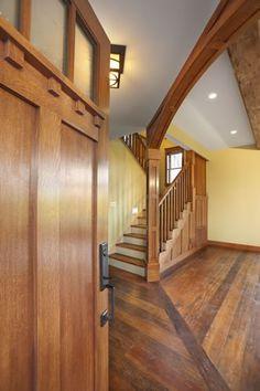 That door....those stairs....the hardwood floor....*faints*