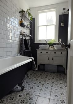 Inspiring 10 Awesome Monochrome Bathroom Ideas You Must Try Do you want to apply a slightly different bathroom design before? What if you apply a monochrome bathroom? If you don't know it yet, the color of mono. Bathroom Shop, Big Bathrooms, Bathroom Trends, Bathroom Renovations, Small Country Bathrooms, Cottage Bathrooms, Condo Bathroom, Bathroom Showers, Ikea Bathroom