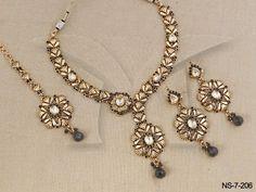 NS-7-206 || Black Beauty Pin ManekRatna Antique Necklaces