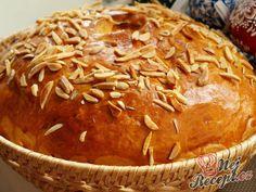 Sbírka 6 nejlepších receptů na velikonoční mazanec, ze které si určitě vyberete. | NejRecept.cz Thing 1, Pulled Pork, Apple Pie, Bread Recipes, Mashed Potatoes, Food And Drink, Easter, Cupcake, Baking