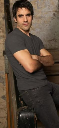 my new tv crush... ben bass