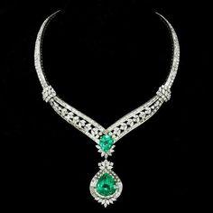 Elizabeth Taylor Masterpiece 91.78ct Columbian Emerald and Diamond necklace she personally designed.