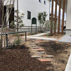 おしゃれなお庭のデザインとお庭つくりは滋賀のアールクレエに! ・ ・・ Garden&Design  ARTCRÉER ・ #ガーデン #デザイン #グリーン #フラワー #外構 #作庭 #おしゃれ庭時間 #庭#20  #アールクレエ#0120666770 #Garden#Design#gardener#Green#flower#iron#zakka#20#It'sSPECIALDAY!#ARTCRÉER#Shiga#Nagahama