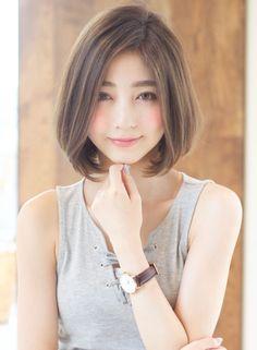 大人ナチュラルなワンカールボブ(髪型ボブ) Japanese Short Hair, Asian Short Hair, Asian Hair, Short Hair Cuts, Kawaii Hairstyles, Short Bob Hairstyles, Japanese Model, Medium Hair Styles, Long Hair Styles