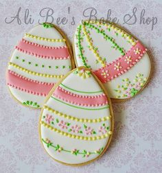 Easter cookies,too pretty to eat.
