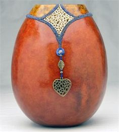 Micro Bead Inlay and Tiny Filigree with Dianne Connelly, February 18th, 2014 at Welburn Gourd Farm in Fallbrook CA.
