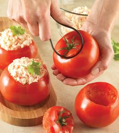 With this flexible loop in hand, you'll easily scoop out seeds. Use the large serrated end on melons, large tomatoes, bell peppers and pumpkins. The small serrated end fits mushrooms, cucumbers and smaller tomatoes.