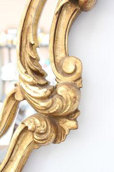 beautiful detail Le croissant d'argent