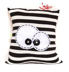 Sewing pillows ideas 50 new Ideas Funny Pillows, Cute Pillows, Diy Pillows, Decorative Pillows, Cushions, Throw Pillows, Pillow Ideas, Sewing Toys, Sewing Crafts