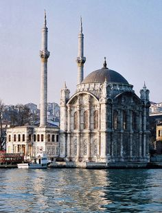 ORTAKOY MOSQUE: was built by (Armenian Architect) Nigogos Balyan, in Baroque-style for Sultan Abdulmecit, between 1854-1855, in Istanbul. Nigogos new style was tried in This mosque and Dolmabahce Mosque.