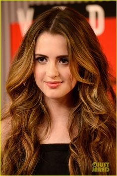 Laura Marano attends the 2015 MTV Video Music Awards Vanessa Marano, Laura Marano, Bad Hair, Hair Day, Divas, Mtv Video Music Award, Music Awards, Cute Girl Face, New Hair Colors