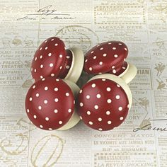 Wooden door knob made with Red Polka dot design   by witchcorner, $9.00