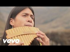 Leo Rojas' official music video for 'Der einsame Hirte'. Click to listen to Leo Rojas on Spotify: http://smarturl.it/LeoRojasSpotify?IQid=LRojasDerH As featu...