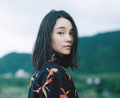 Hideaki Hamada / Photographer based in Osaka, Japan Aesthetic Japan, Aesthetic People, Japanese Aesthetic, Aesthetic Girl, People Photography, Film Photography, Japan Girl, Japan Japan, Shinjuku Japan