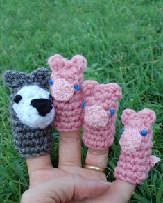 "Free Amigurumi Pattern:""Huff and Puff"", The Three Pigs and Wolf Puppets"