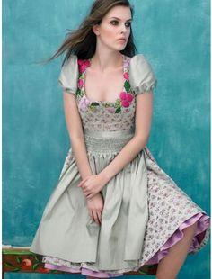 Dirndl with flowers application of Sonja Fellner