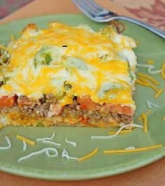Easy Recipes to Do: John Wayne Casserole  My kids didn't like the crust so I think we'll just make the casserole and eat it like a 7 layer dip with tortilla chips