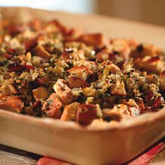 Pear, Prosciutto, and Hazelnut Stuffing  #thanksgiving