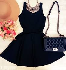 Resultado de imagem para vestido+preto+curto