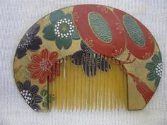 Comb Bun Styles, Enamels, Traditional Japanese, Formal Hairstyles, Kinky, Hair Pins, Bathing, Objects, Kimono