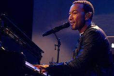 Imagem: John Legend vai regravar música tema de A Bela e a Fera com Ariana Grande