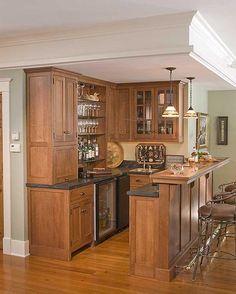Classic Wooden Mini Home Bar Design