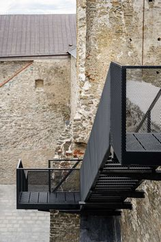 Haapsalu Castle in Estonia Celebrates its Medieval Heritage with Modern Intervention Parasitic Architecture, New Staircase, Roof Structure, Adaptive Reuse, Castle Ruins, Seaside Towns, Old Building, Exhibition Space, Landscape Design