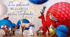 Fröhliche Weihnachten mit unseren Tierfiguren und buntem Papierschmuck