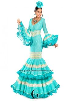 Flamenco Costume, Flamenco Dancers, Flamenco Dresses, Flamingo Dress, Spain Fashion, Fashion Art, Fashion Trends, Playing Dress Up, Beautiful Dresses