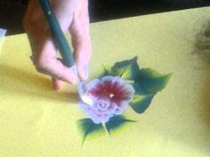 In questo video imparerete come dipingere una rosa con la tecnica one stroke. Spero che il video sia di vostro gradimento BUONA VISIONE....