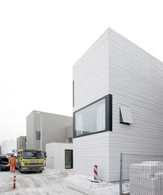 Amsterdam Urban Villa by Pasel Kuenzel Architects