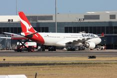 Qantas Fleet Airbus Details and Pictures. Qantas Airlines, Clare Valley, Brisbane Airport, Kangaroo Island, Domestic Flights, Cabin Interiors, Wide Body, Business Class, Long Haul