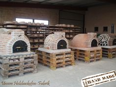 Why build a wood oven yourself? We sell gorgeous wooden . Why build a wood oven yourself? We sell dreamy wooden ovens in different designs. All fully insulat Outdoor Kitchen Bars, Pizza Oven Outdoor, Outdoor Kitchen Design, Wood Oven, Wood Fired Oven, Four A Pizza, Mexican Home Decor, Backyard Patio Designs, Diy Fireplace