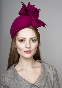 Rachel Trevor Morgan Millinery Autumn Winter 2015 R15W21 Pink felt pillbox with felt bows