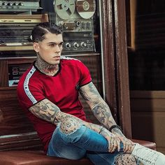 "424 Likes, 6 Comments - Stephen James (@stephenjamesdaily) on Instagram: ""#stephenjames #stephenjameshendry #model #whoiselijah #tattoo #tattoos"""