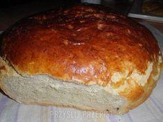 chlebek (mąka pół na pół przenna i żytnia)