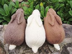 Henry's Rabbit by Sara Elizabeth Kellner. Free Ravelry pattern