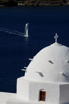 Beautiful Ios Island, Greece Santorini Greece, Mykonos, Go Greek, Greek Life, Zorba The Greek, Paros, In Ancient Times, Holiday Destinations, Countries Of The World