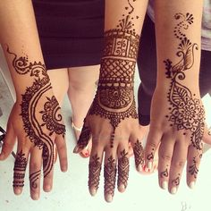 An appointment with these lovely ladies @ritayounan @raniyakhalil with the great designs they chose *designs inspired by photographs of other henna artists' work* #henna #hennaartist #kellycaroline #ypsi #ypsilanti #mehndi #summer #art #artist #design #hennatattoos #hennadesigns #tattoo #tattoos #tattoodesign #floral #flowers #michigan