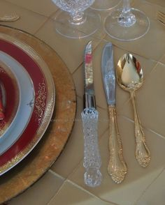 Tablescapes at Table Twenty-One: Christmas Through the Red Door - flatware/rim shot