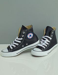 Converse en cuir, haute, noir Converse Cuir, Converse Haute, Outfits, Shoes, Black Tops, Shoe, Suits, Zapatos, Shoes Outlet