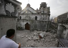 [Photo] Philippines: Earthquake topples oldest church\'s bell tower Philippines Earthquake, Earth Quake, Barcelona Cathedral, Tower, Building, Travel, Voyage, Lathe, Buildings
