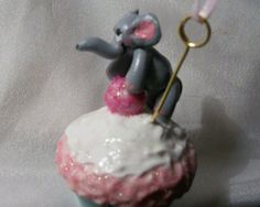 ELEPHANT CUPCAKE DECORATION  Mini candy treat whip cream Sprinkles pink gumball