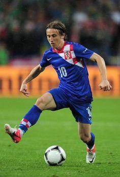 Luka Modric to start mass Tottenham exodus after Harry Redknapp's dismissal