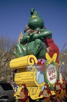 Original Grinch float from 1997 Thanksgiving Parade, Grinch Stole Christmas, Favorite Holiday, Projects, Log Projects, Thanksgiving Day Parade