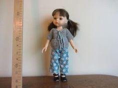 Pantalon bleu et gilet gris pour corolle les chéries