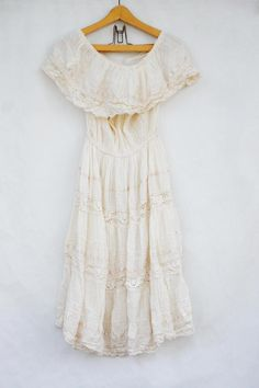 Vintage 70s Mexican Wedding Dress/Maxi
