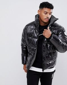 Browse online for the newest ASOS DESIGN puffer jacket in high shine fabric with check lining styles. Shop easier with ASOS' multiple payments and return options (Ts&Cs apply). Eye Candy Men, Mens Down Jacket, Rain Suit, Cool Jackets, Sports Jacket, Puffer Jackets, Jacket Style, Mens Fashion, Fashion Menswear