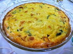 SPINACH BACON QUICHE A delicious recipe given to me by my dear mother-in-law, Kay Eloff , who passed away this year, August . Atkins Breakfast, Egg Recipes For Breakfast, Low Carb Breakfast, Breakfast Menu, No Carb Recipes, Ketogenic Recipes, Cooking Recipes, Diabetic Recipes, Atkins Recipes