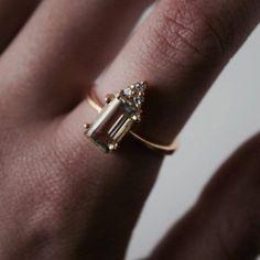 Mireya Ring with Green Amethyst